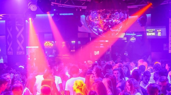 Disco Privé en Bethenight.com Discoteca en Just Marlès, Lloret de Mar